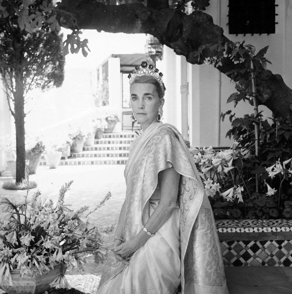 barbara-hutton-in-tangier-morocco-1961